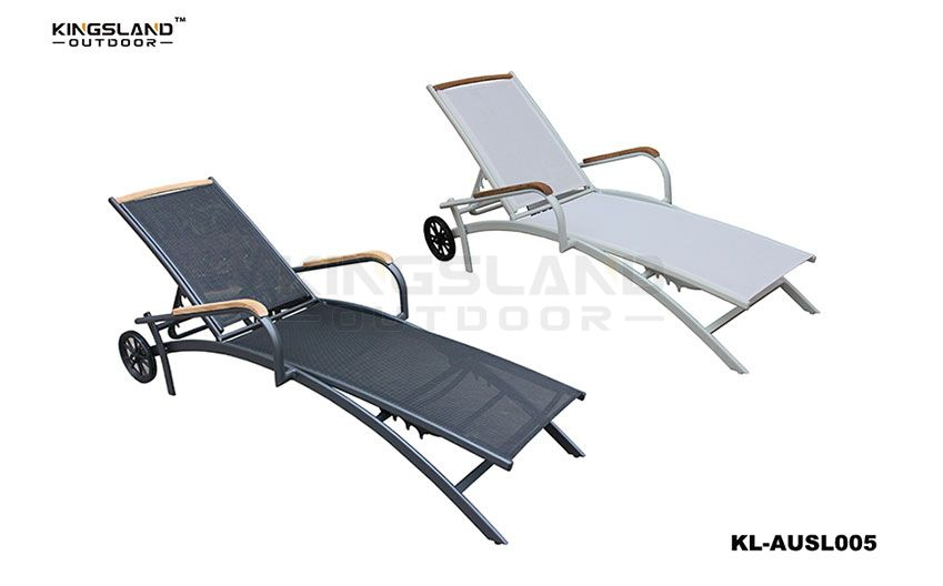 Aluminum frame Textilene sun lounger with teak armrest, wheels